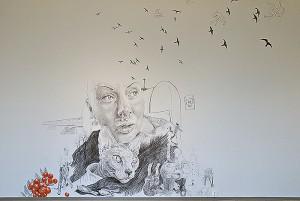 Wandzeichnungen von Elliina Peloniemi im Kunstmuseum Turku